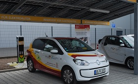 EBZ Dresden: Autarker Energie-Parkplatz als praxisnaher Lernort