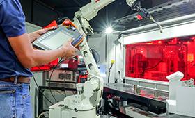 Ausbildungsordnungen von elf Metall- und Elektroberufen an digitalen Wandel angepasst