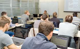 Klassenraum einer Berufsschule