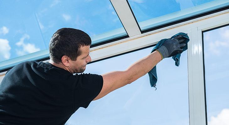 Neue Ausbildungsordnung für Gebäudereiniger/-innen