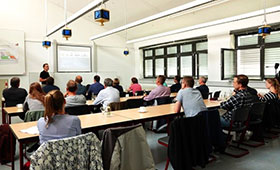 Prof. Dr. Kruse gibt Einblicke in bereits vorhandene digitale Lehr- und Lernangebote