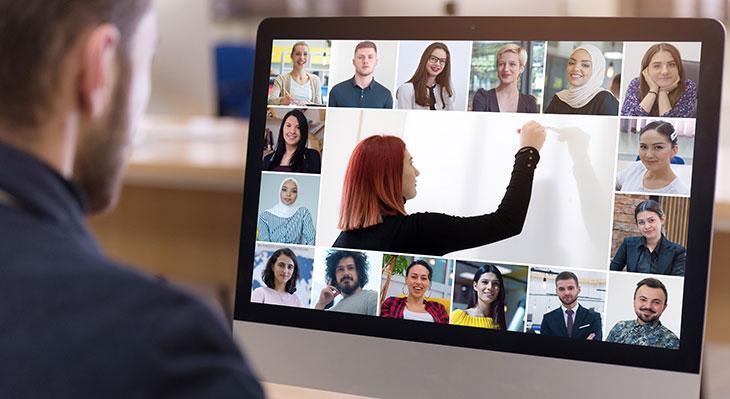 Bundeskanzlerin und BMBF starten Initiative Digitale Bildung