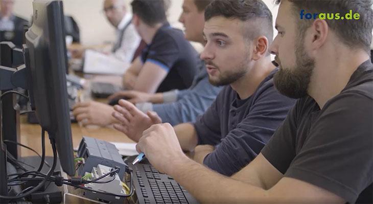 Safety Sim - multimediales Lehr- und Lernkonzept zur Maschinen- und Anlagensicherheit