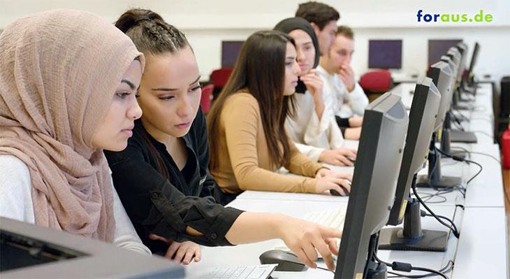 Vermittlung von Computerbasiswissen zur Förderung von Medienkompetenz in der Ausbildung